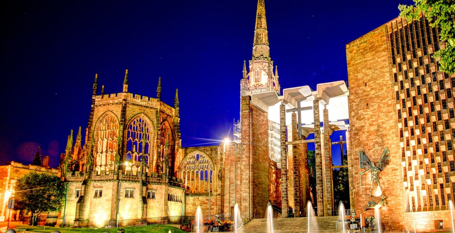 Coventry: Cathedral at night
